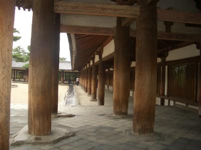 法隆寺の回廊の柱の技法とその趣...